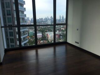 Kemang Village Tower Bloomington Dijual Murah